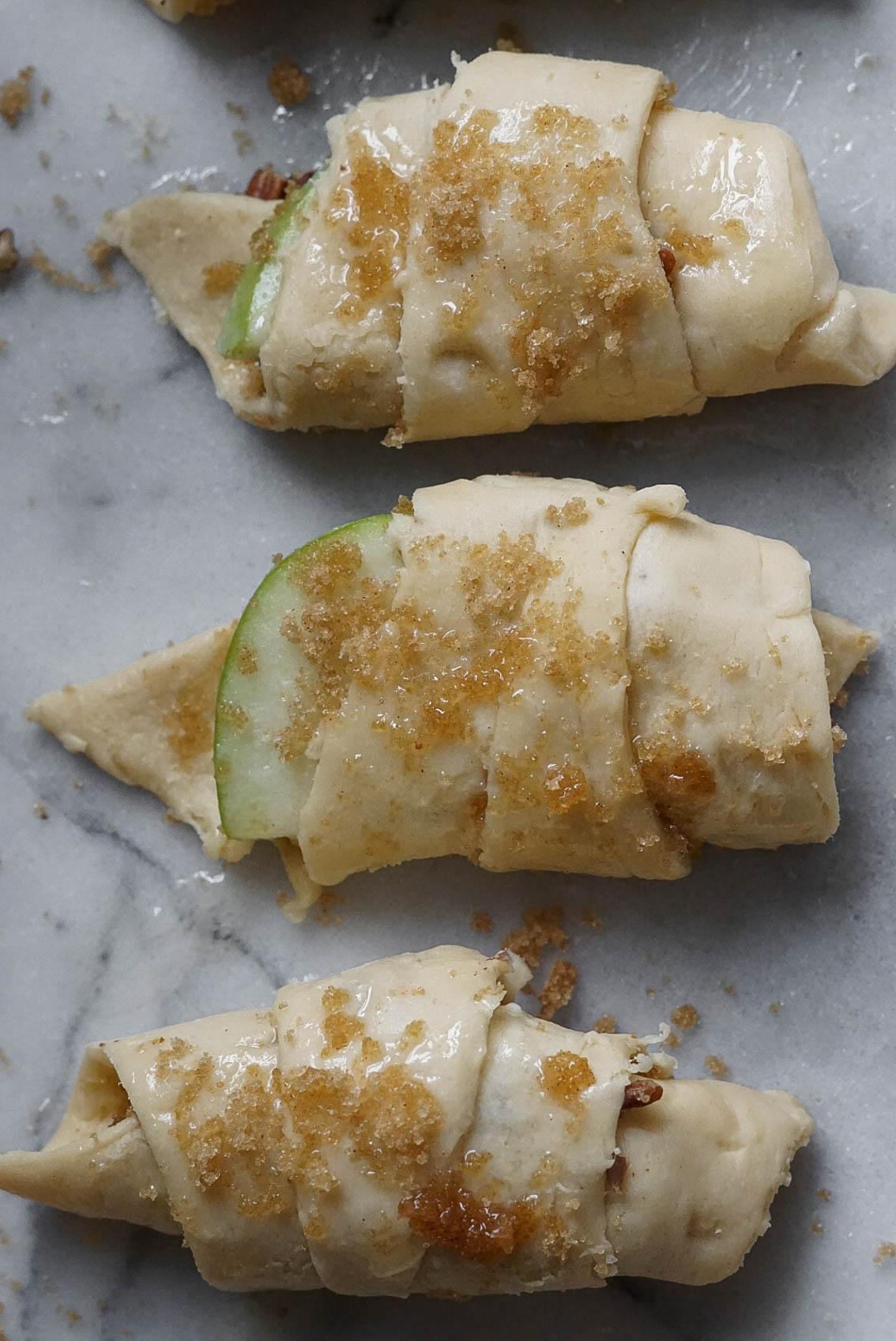 Easy Apple Pie Bites with Crescent Rolls